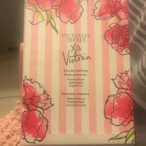 Victoria's Secret Makeup - Victoria's Secret Fragrance